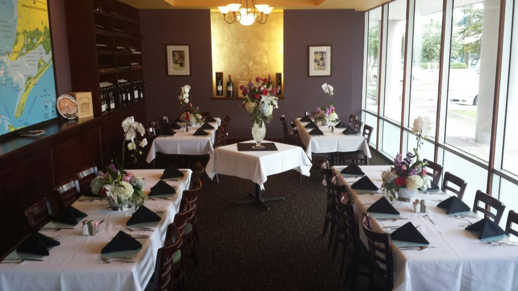 Host Dinner Party or Corporate Event at TommysTommys Restaurant